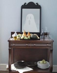 DIY-Halloween-Decorations-ghost-mirror-1010-de